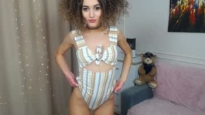 You are watching the live cam of _eva_001 from Chaturbate - 19 years old - Russia