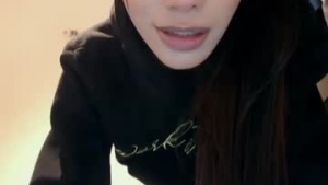 You are watching the live Chaturbate teen cam of Crystalxxxts from Chaturbate - 21 years old - Antioquia, Colombia
