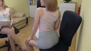 View teen live cam of Cute00kiara from Chaturbate - 19 years old - Budapest, Hungary