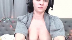 You are watching the live cam of Missrubyred from Chaturbate - 24 years old - United States