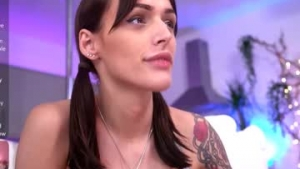 You are watching the live cam of Rubyfiera from Chaturbate - 23 years old - Essex, United Kingdom