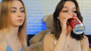 You are watching the live Chaturbate teen cam of W0wgirls from Chaturbate - 20 years old - Ukraine